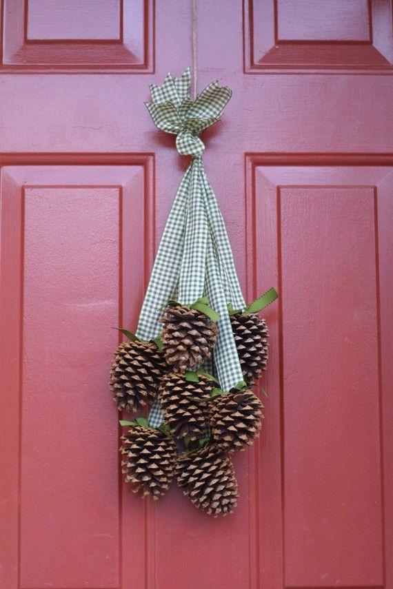 fabulous excellent ideas de navidad para decorar con pias with adornos de navidad con pias with de navidad con pias - Adornos De Navidad Con Pias