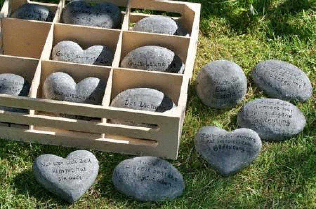 15 ideas f ciles y creativas para decorar la casa con piedras for Ideas faciles para decorar jardines