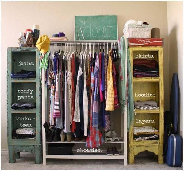 15+ Ideas Decorativas de Bajo Costo para Guardar la Ropa