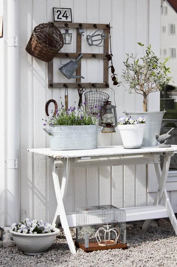 15+ Fascinantes Ideas Rústicas para Decorar Su Jardín