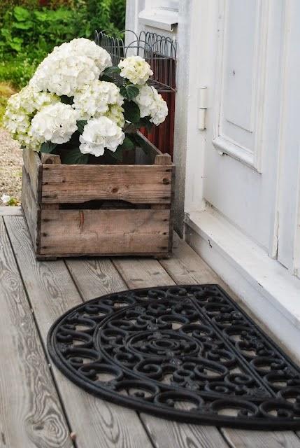13+ Fantásticas Ideas para Decorar tu Jardín con Cajas Madera
