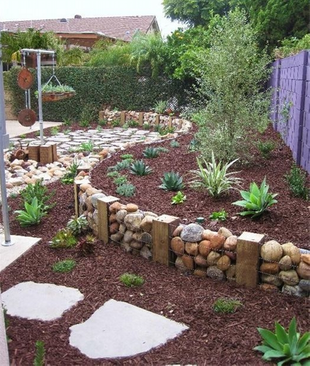 13+ Impresionantes Ideas para Decorar Jardin con Piedras