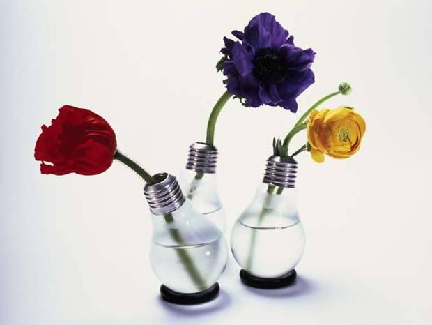 20+ Ideas Originales para el Reciclaje de Bombillas Tradicionales